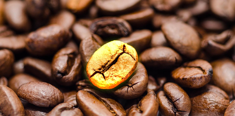 Cicco-di-caffè-in-oro